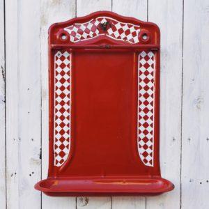 ancien porte louche émaillée rouge et blanc, vintage, cuisine