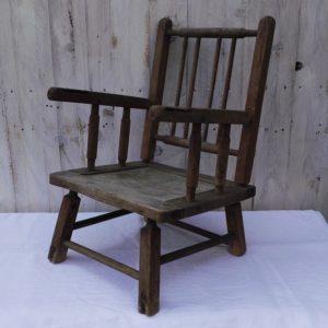 ancienne chaise enfant en bois