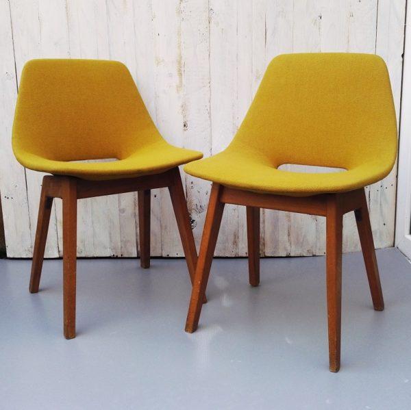 paire chaises tonneau Pierre Guariche, édition Steiner
