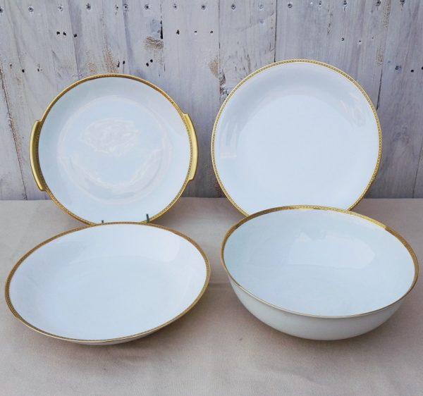 4 plats de service en porcelaine fine de Limoges de l'ancienne fabrique royale