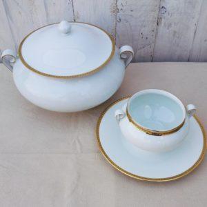 soupière et saucière en porcelaine fine de Limoges de l'ancienne fabrique royale