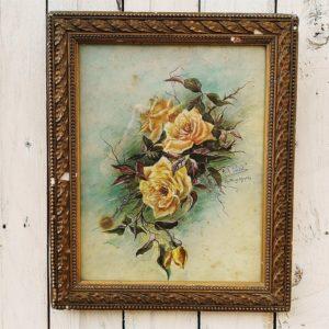Gouache et aquarelle d'un bouquet de roses, dessiné par Adèle Poudat en 1919. Cadre en bois et plâtre d'origine. Quelques tâches et piqûres sur la gouache, des manques de bois et de plâtre sur le cadre. Bon état général, dans son son jus. Dimensions : 30 x 36,5 cm
