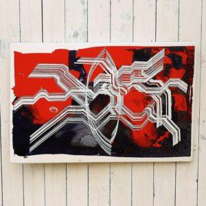 Plaque émaillée datant des années 70 représentant un tableau abstrait dans les tons bleus,rouge et blanc. Design contemporain et moderne. Bel effet de matière en relief. Plusieurs points d'accroches permet de le placer verticalement ou horizontalement. Petites tâches de corrosion sur le pourtour sans gravité. Très bon état. Dimensions : 78 x 51 cm