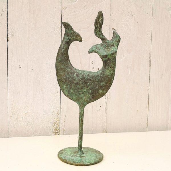 Sculpture en bronze contemporaine représentant une sirène stylisée . Inscription sur le socle 2011 E.A et sous le socle IV/IV, ainsi que la signature du sculpteur. Très bon état général. Hauteur : 21,5 cm